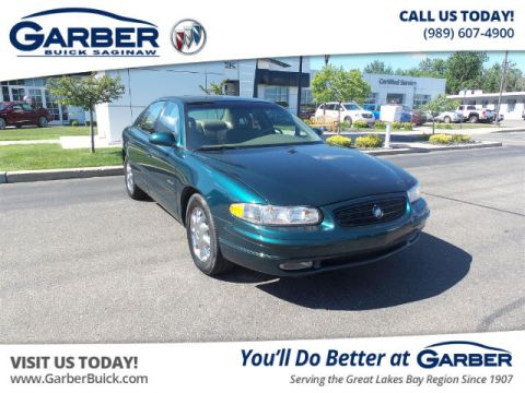 Pre-Owned 2000 Buick Regal