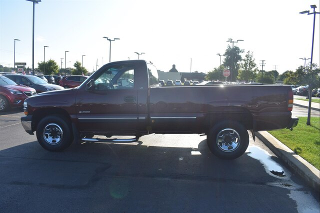 Pre-Owned 2000 Chevrolet Silverado 2500 Base