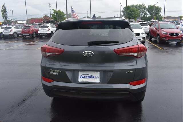 Pre-Owned 2018 Hyundai Tucson SE (4dr All-wheel Drive)