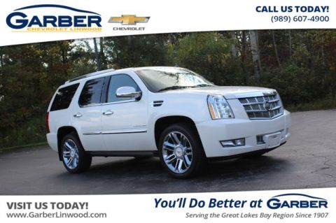 Pre-Owned 2011 Cadillac Escalade Platinum Edition AWD 4MATIC®